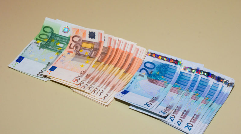 Keskmine palk kasvas kolmandas kvartalis 7,5 protsenti 1291 euroni