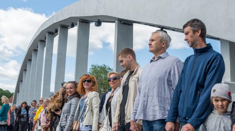 Mart Laar toetab Rail Balticut aga mitte Tartu tselluloositehast