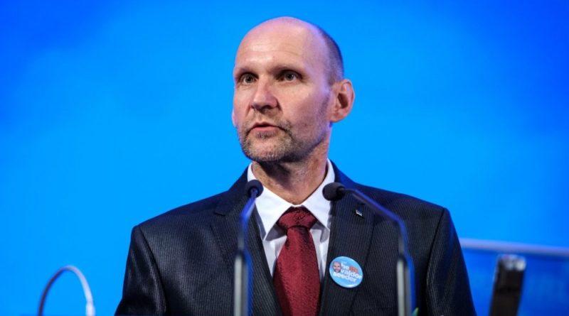 Helir-Valdor Seeder: Riigikogu peab võtma vastutuse