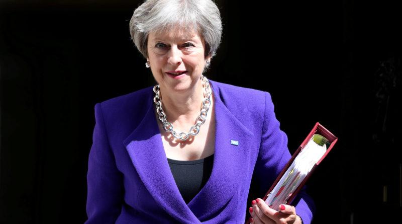 Välisminister Johnson ja Brexiti minister Davis lahkusid vastuolude tõttu Briti valitsusest