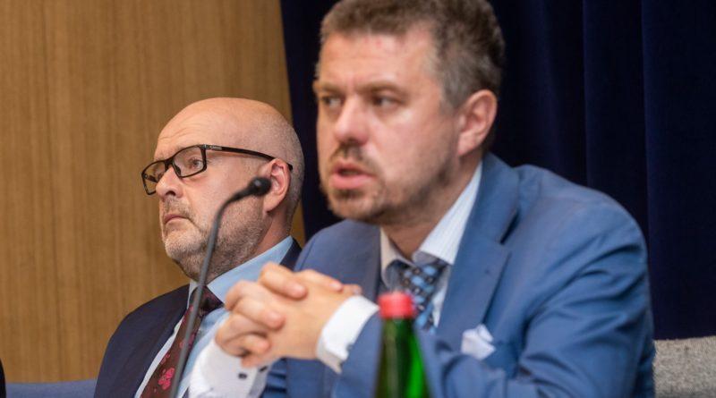Reinsalu: Alli Rutto kodakondsusküsimust on võimalik lahendada seaduse tervemõistusliku kohaldamisega