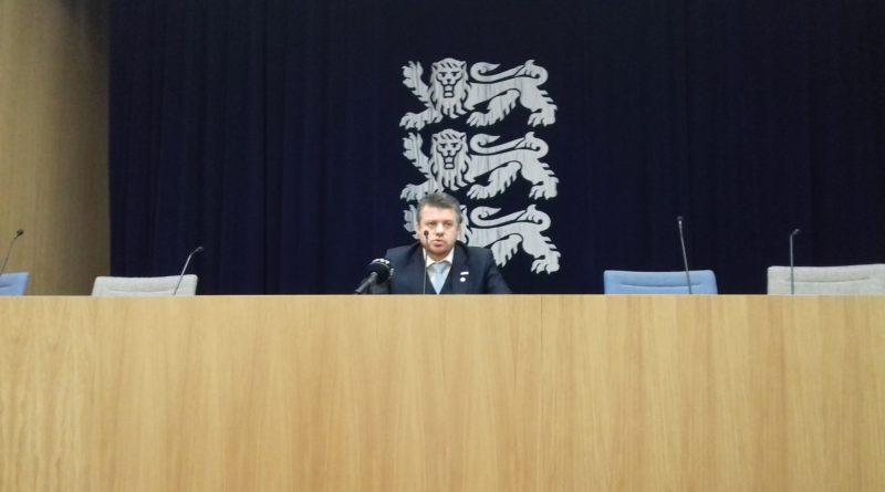 Urmas Reinsalu: Riiki ei saa juhtida põlvili