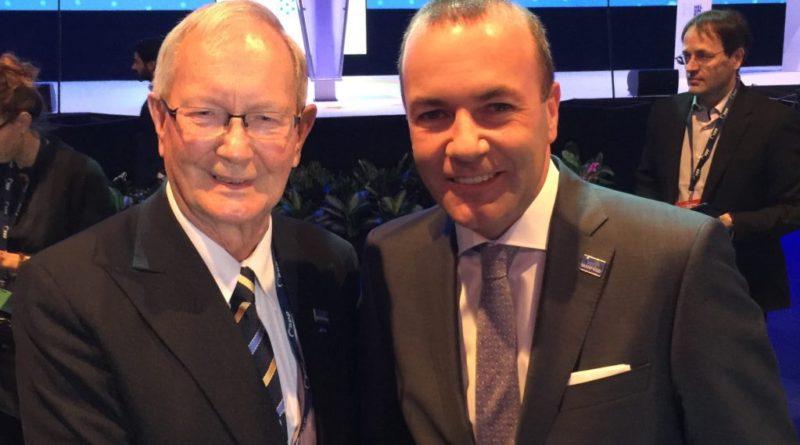 Vaata videot: EPP kongressil kuulutatakse välja Manfred Weberi ülekaalukas võit