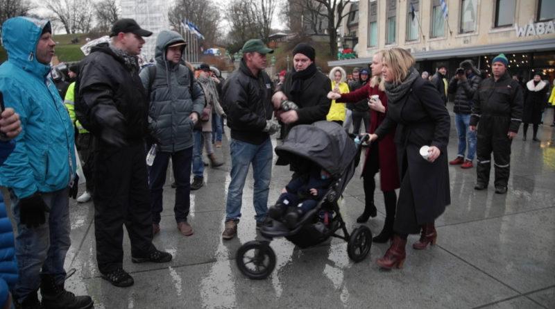 Eesti 200 liikmed nõuavad portaalilt Objektiiv 110 000 eurot