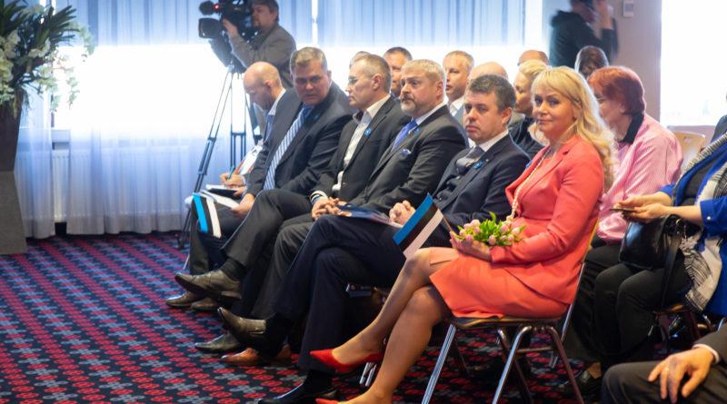 President kohtub uue valitsuse ministrikandidaatidega