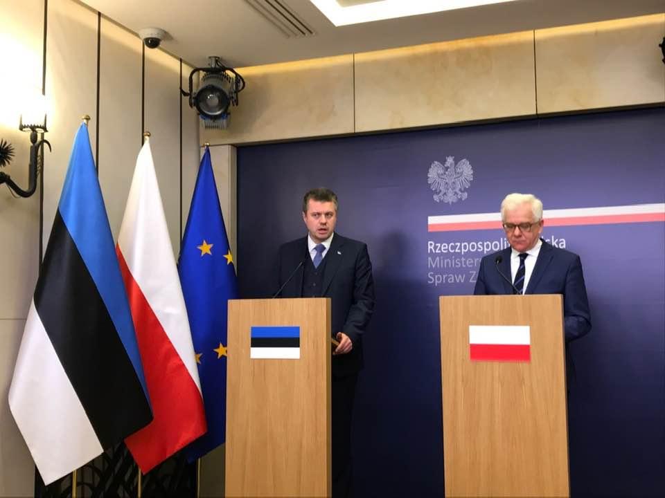 Välisminister Reinsalu tegi esimese välisvisiidi Poola