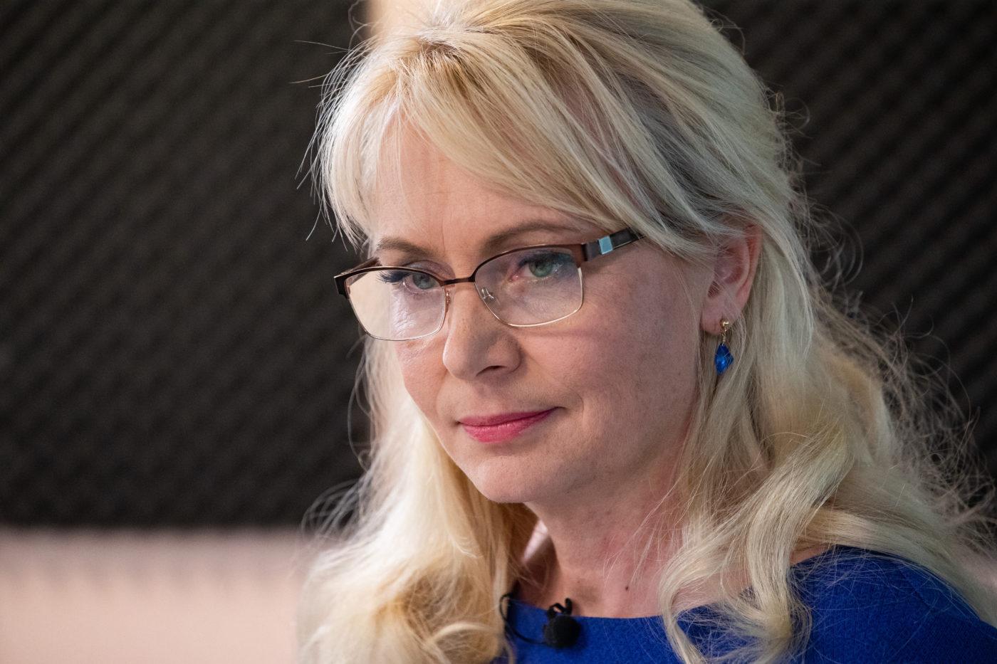Rahvastikuminister kohtus naiste tugikeskustega