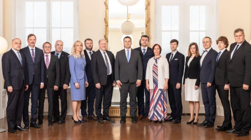 VIDEOD: Vaata Isamaa ministrite ülevaateid oma valdkonnast valitsuse esimese 100 päeva jooksul