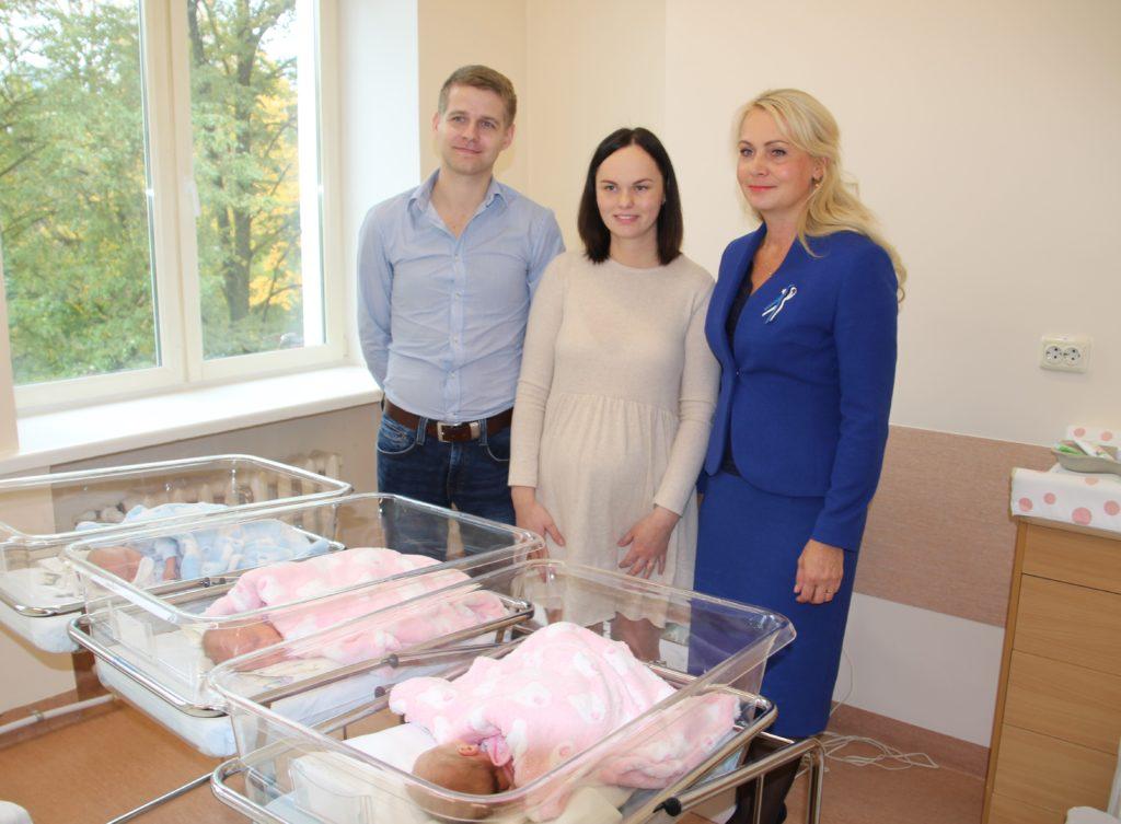 Rahvastikuminister tutvustas lapseootel emadele sünnitushüvitise maksustamisega seotud muudatusi