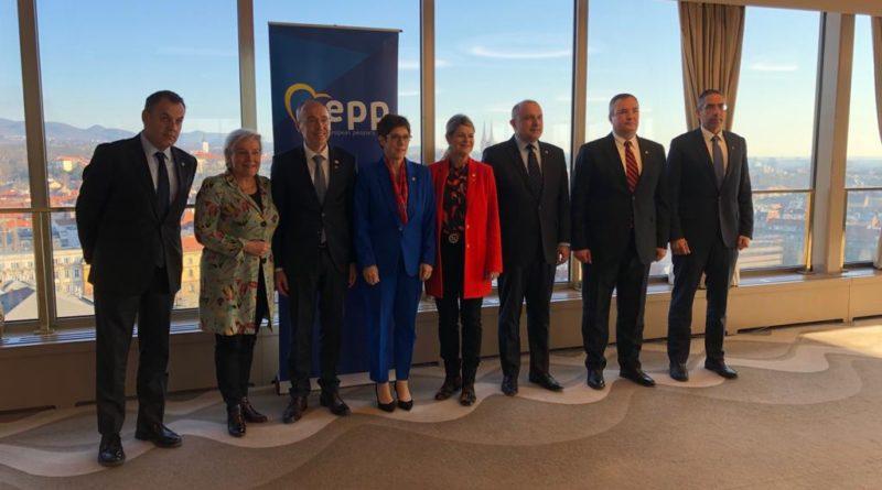 Jüri Luik juhatas Zagrebis Euroopa Rahvapartei (EPP) kaitseministrite nõupidamist