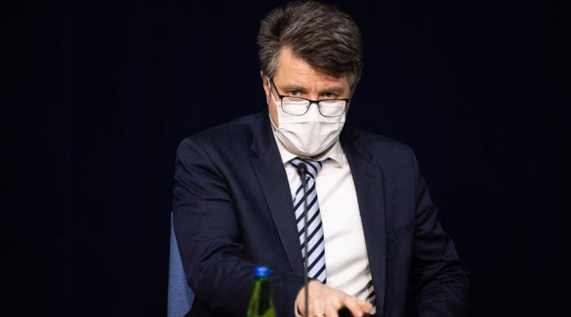 Urmas Reinsalu: viiruse leviku aeglustamine sõltub meist endist