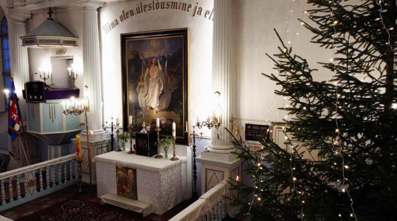 24. detsembrist võib jumalateenistusel olla täidetud ainult pool kirikus asuvatest kohtadest