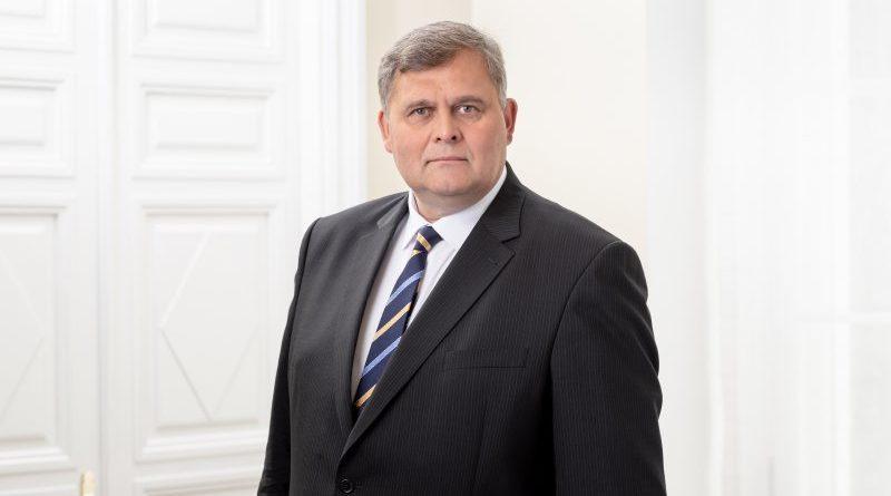Justiitsminister Raivo Aeg kutsus kokku elatiste teemalise ümarlaua