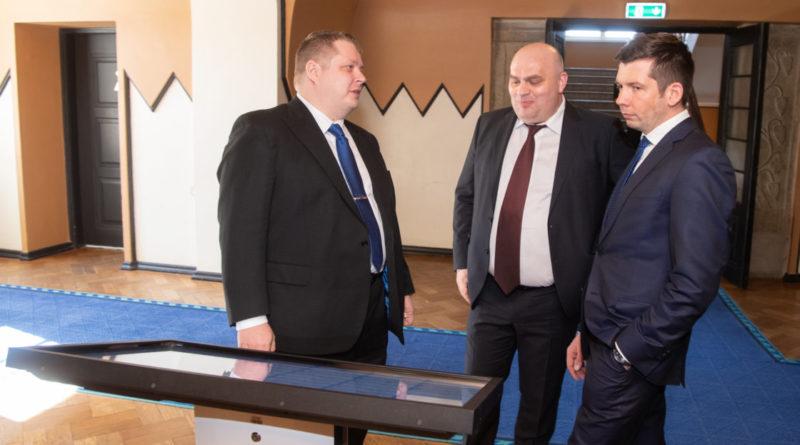 Kolm Keskerakonna saadikut ei toetanud täiendavate sanktsioonide kehtestamist Venemaale