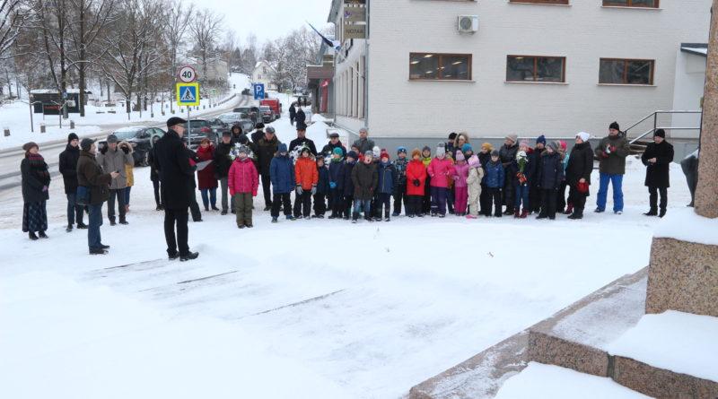 Kagu-Eestis tähistati Tartu rahulepingu sõlmimise 101. aastapäeva