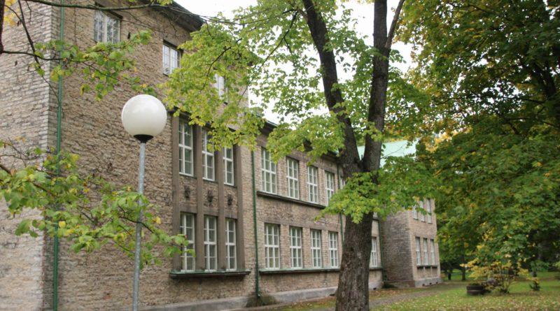Reformierakonna eestvedamisel ähvardab viimaseid eesti koole Ida-Virumaal sulgemine