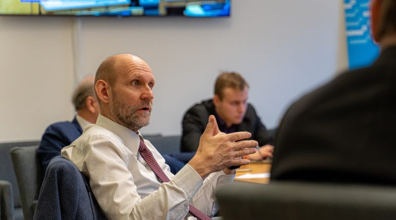 Seeder kohtumisel rahandusministriga: lisaeelarves on mitmeid küsitavusi
