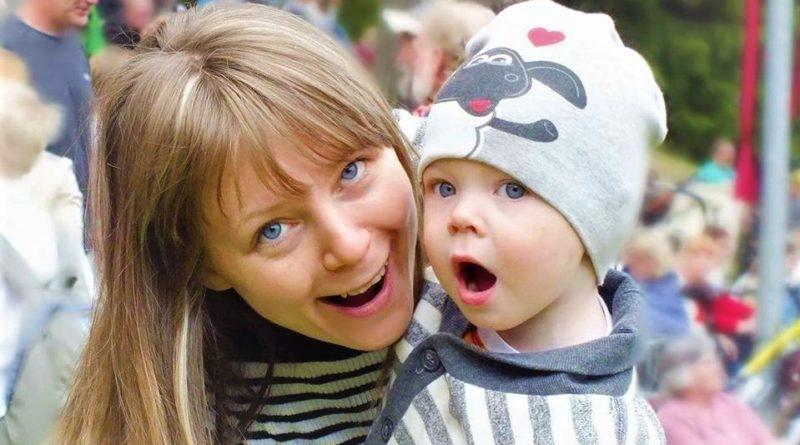 Isamaa naiskogu IREN: lasterikkale emale peaks riik tagama eluaegse ravikindlustuse