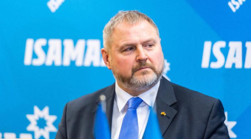 Riho Terras: kaitsen Eesti kodakondsuspoliitikat Yana Toomi rünnakute eest