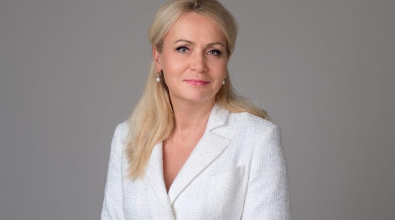 Isamaa Perede Ühendus ja Seenioride Kogu toetavad Tallinna linnapeakandidaadina Riina Solmani